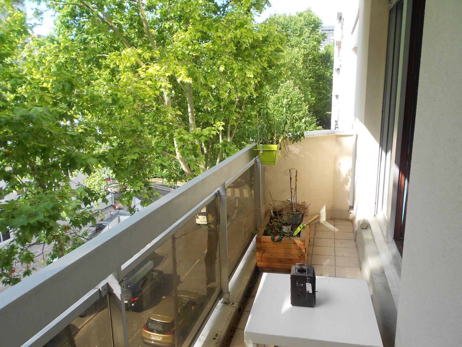 L 39 immobilier courbevoie centre ville et environs - Piscine charras courbevoie ...